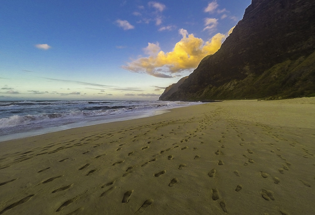 Polihale Footprints